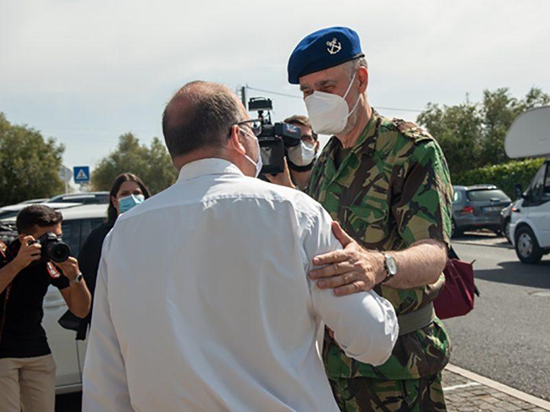 Vice-almirante Gouveia e Melo visita Centro de Vacinação de Loures